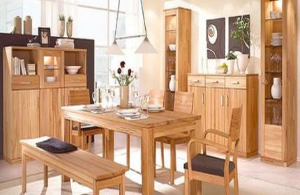 Mách bạn cách chọn bàn ghế gỗ hương vân cho phòng khách chất lượng0