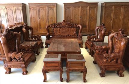 Nâng tầm đẳng cấp cho căn phòng với những mẫu bàn ghế đồng kỵ ấn tượng0